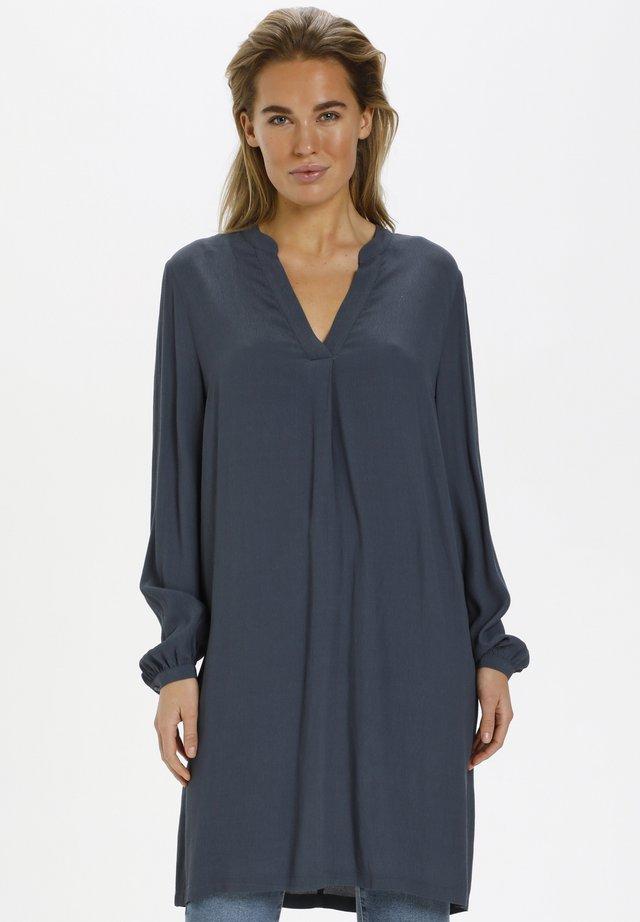 AGNES - Vapaa-ajan mekko - ombre blue