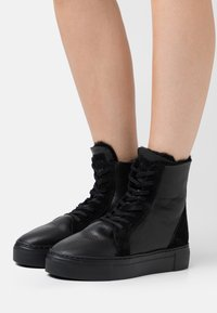 MAHONY - BERN - Lace-up ankle boots - black - 0