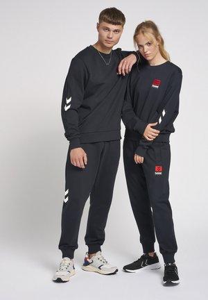 HMLLGC GRAHAM  - Sweater - black