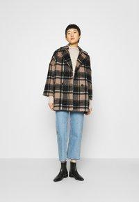 JUST FEMALE - CHELSEA COAT - Zimní kabát - walnut - 1