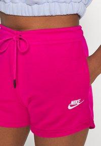 Nike Sportswear - Shorts - fireberry/white - 4