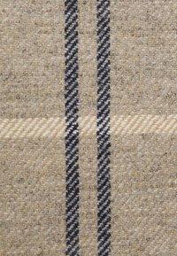 Barbour - DEE DRESS - Pouzdrové šaty - oatmeal - 2