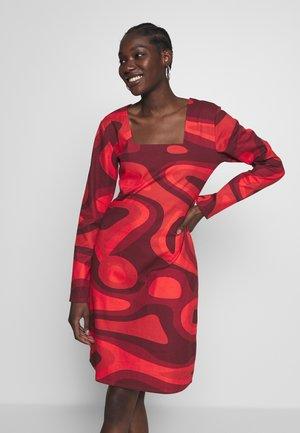 PALOMA DRESS - Day dress - red