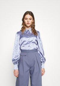 Monki - NALA BLOUSE - Button-down blouse - blue - 0