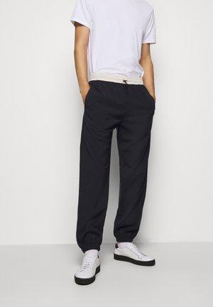 GENTS DRAWCORD TROUSER - Pantalon de survêtement - dark blue
