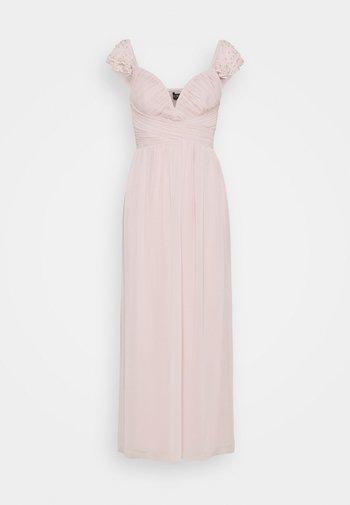 Společenské šaty - blush