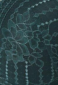 Etam - PANAMA N*5 CLASSIQUE - Underwired bra - pine green - 2