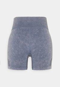 Cotton On Body - LIFESTYLE SEAMLESS YOGA SHORT - Medias - blue jay wash - 6