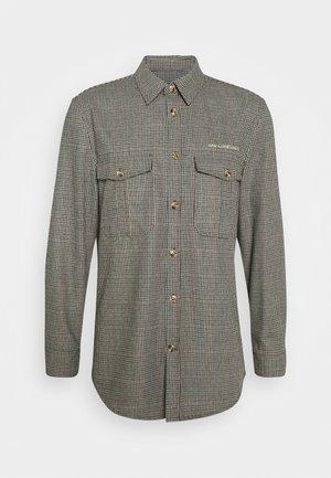 GARDEN - Shirt - olive