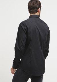 Tommy Hilfiger - Shirt - flag black - 2