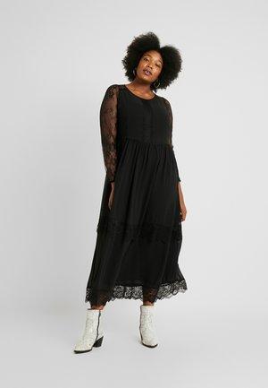 YAMALIE DRESS - Maxikjoler - black