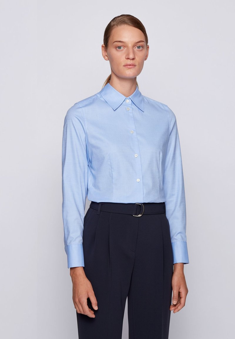BOSS - BELLEVOU - Button-down blouse - patterned