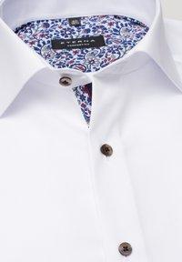 Eterna - REGULAR FIT - Shirt - white - 3