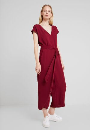 NEW DULL - Jumpsuit - garnet red