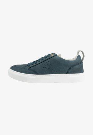 SCHOENEN NOVARA - Sneakers laag - grau