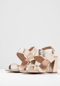Topshop Wide Fit - WIDE FIT SABRINA BLOCK HEEL - Sandals - gold - 4