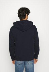 Benetton - HOODIE CREW NECK - Hoodie - dark blue - 2