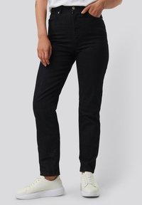 NA-KD - Straight leg jeans - dark blue - 0