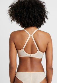 Freya - CAMEO DECO MOULDED PLUNGE - Underwired bra - sand - 3