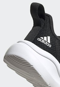 adidas Performance - FORTARUN AC RUNNING SHOES - Löparskor stabilitet - black - 5