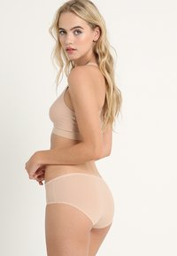 Chantelle - SOFTSTRETCH SHORTY 3 PACK - Culotte - nude - 2
