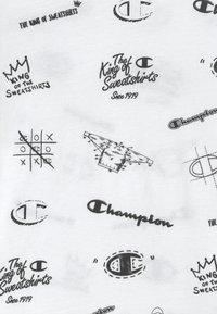 Champion - LEGACY AMERICAN CLASSICS CREWNECK - Print T-shirt - white - 3