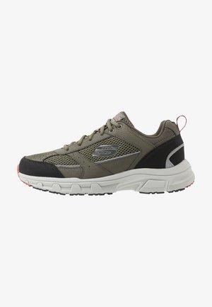 OAK CANYON - Sneakers basse - olive/black
