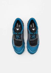 Dynafit - FELINE SL GTX - Trail running shoes - carbon/frost - 3