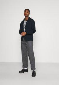 Selected Homme - SLHBENNETT - Blazer jacket - sky captain - 1