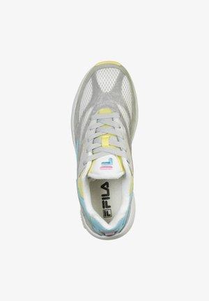 SCHUHE V94M - Trainers - white/limelight