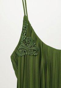 Violeta by Mango - RITA - Day dress - olivengrün - 1
