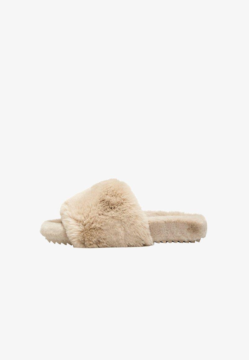 OYSHO - Pantofle - beige