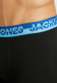 Jack & Jones - JACWAISTBAND TRUNKS 5 PACK - Pants - black/fiery red/lipstick red/flame orange/nautical blue/blue jewel/white - 5