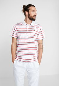 Lacoste Sport - PANT - Träningsbyxor - white/red/navy blue - 3
