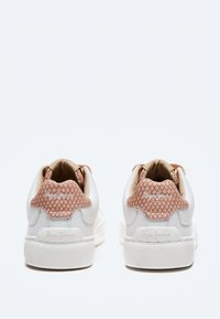 Pepe Jeans - Trainers - pale - 3