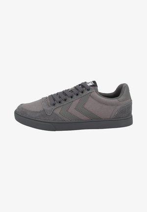 SLIMMER STADIL TONAL LOW - Sneakers laag - grey