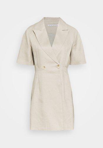 TUCKED IN BLAZER DRESS - Sukienka etui - pebble