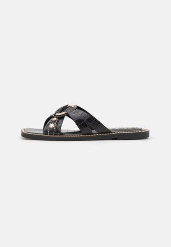 Sandalias planas - black