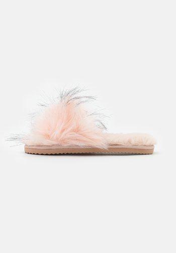 HAIRY POOL - Slippers - rose