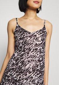 AllSaints - ESSIE AMBIENT DRESS - Kjole - pale grey - 5