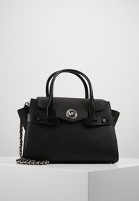 MICHAEL Michael Kors - CARMENLG FLAP BELTED SATCHEL - Handbag - black - 4