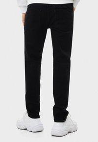 Bershka - Slim fit jeans - black - 2