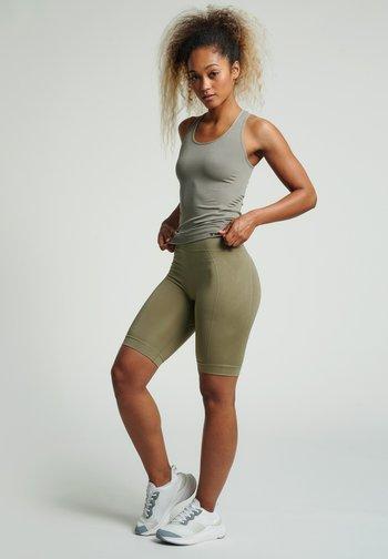 SEAMLESS - Shorts - vetiver