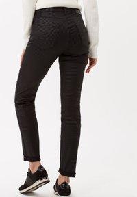 BRAX - Jeans Skinny Fit - clean black - 2