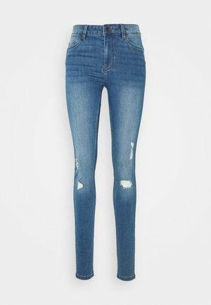 VMSEVEN SHAPE UP - Jeans Skinny Fit - medium blue denim