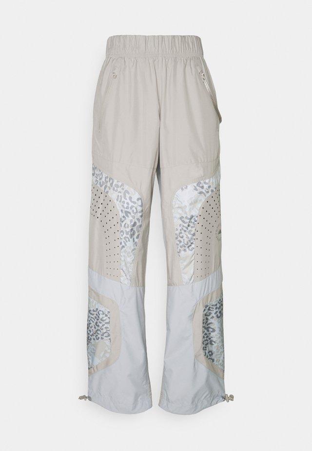 TRAIN PANT - Pantalones deportivos - light browsh