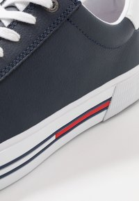 Tommy Jeans - ESSENTIAL - Sneakers laag - blue - 5