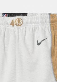 Nike Performance - NBA CITY EDITION DALLAS MAVERICKS UNISEX - Club wear - white - 2