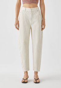 PULL&BEAR - Jeans a sigaretta - white - 0