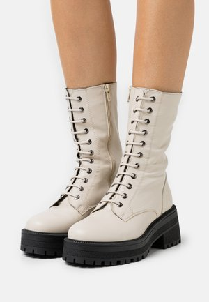 AMY CHUNKY MID LACE UP - Veterlaarzen - offwhite